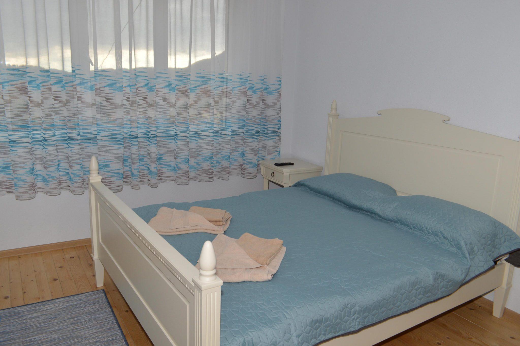 Къща за гости Даяна с. Момчиловци спалня
